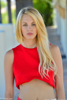 Nextdoor Blonde Blake Via FTV Girls - 11