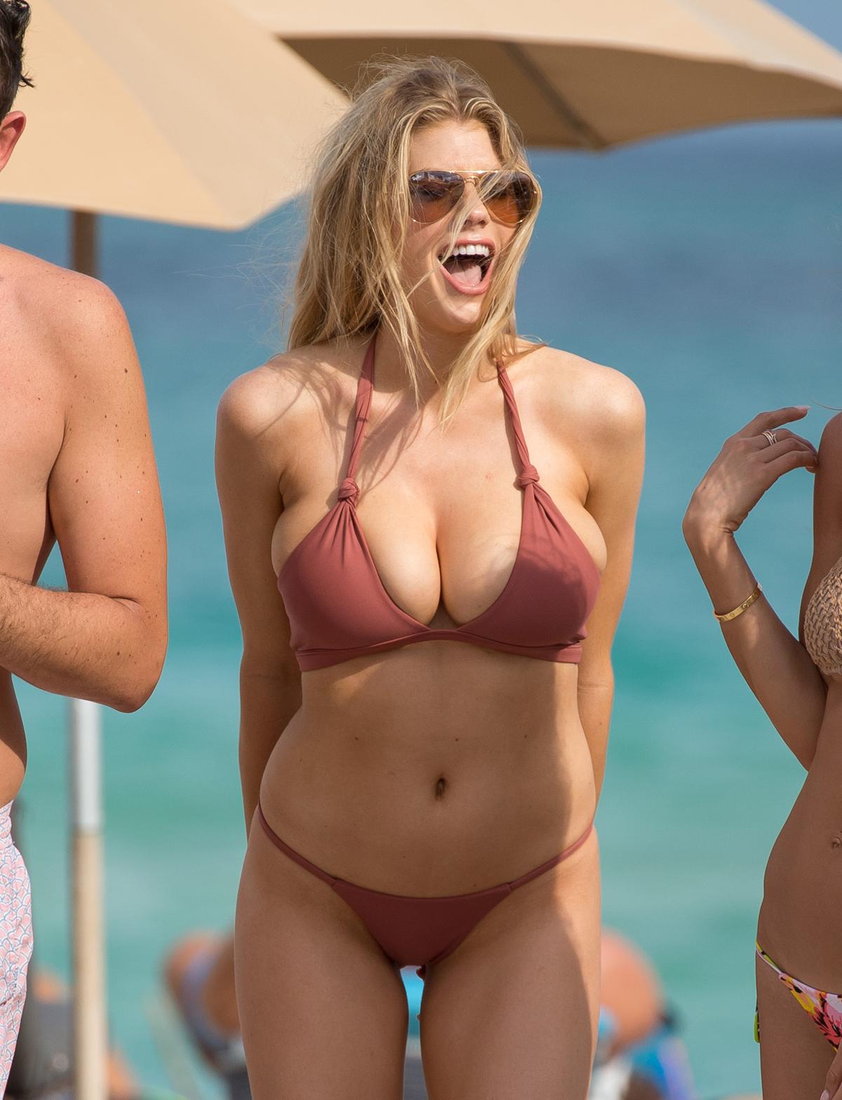 Nude kinney charlotte mc Charlotte Mckinney