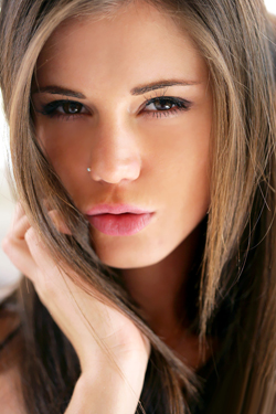 Caprice Closeups By Watch4Beauty