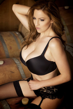 Jordan Carver Wine Tasting For Action Girls